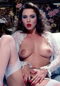 dubai sugar mummies with big breasts naked picture